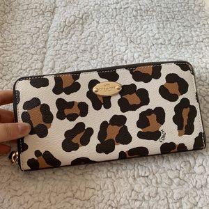 NWT Authentic Animal Print Leather Zip Round Coach